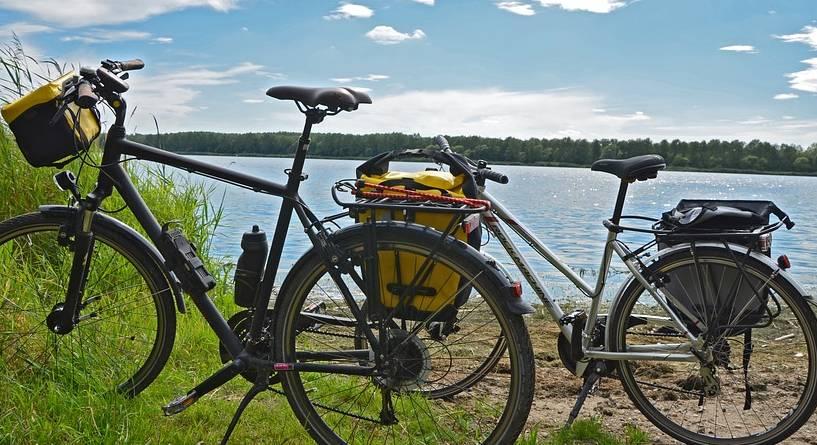 Dwa rowery trekkingowe